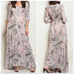 Dresses & Skirts - LAST 3❗️PINK FLORAL MAXI DRESS
